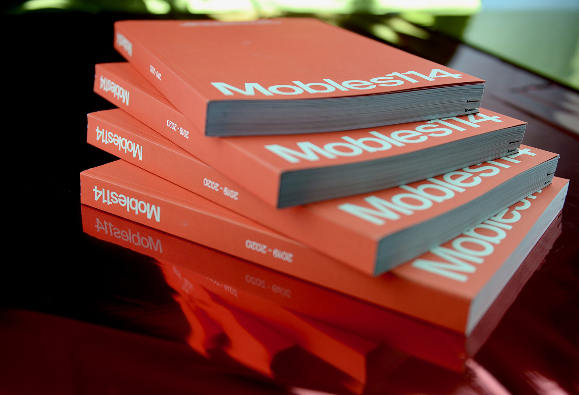 Catálogo encuadernado en rústica cosida para Mobles 114