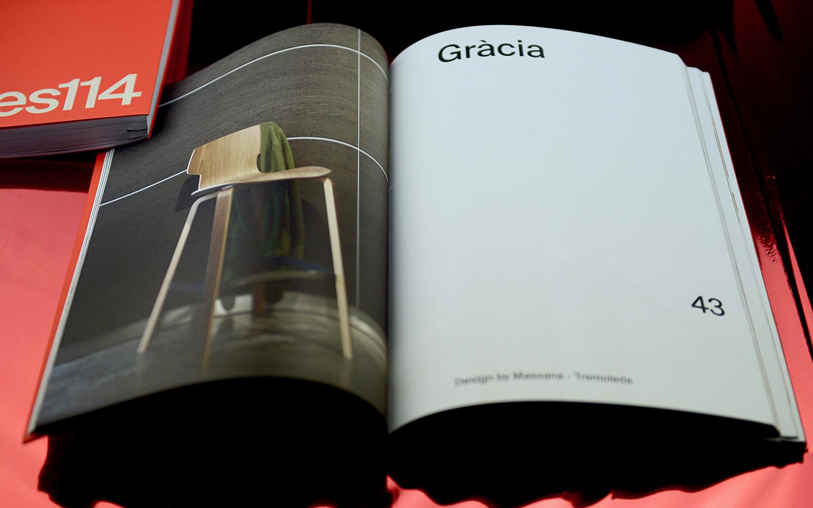 Interior catálogo Mobles 114 taburete Gràcia
